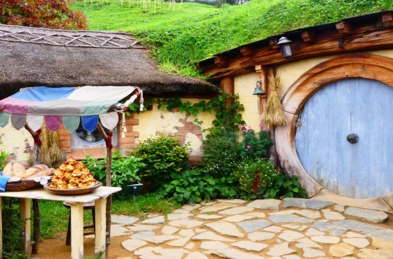 Rotorua & Hobbiton Adventure