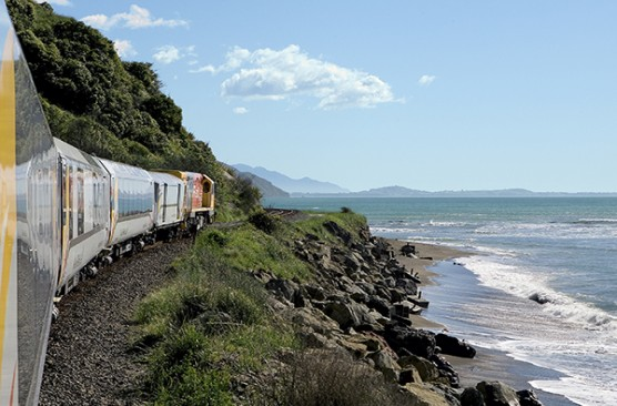 Coastal Pacific with Interislander Ferry - Wellington to Christchurch